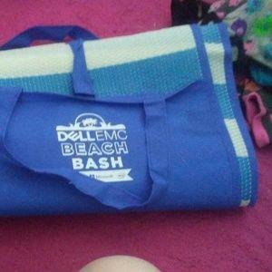 A sleeping beach bag